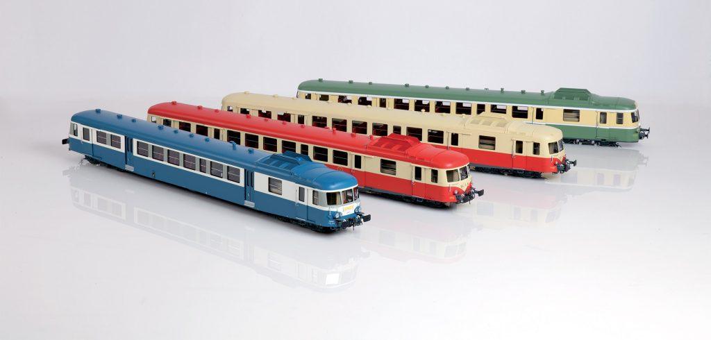 CarloFilippoFollis.name – X2800 SNCF in scala 1:43,5. L'immagine mostra le quattro livree in cui vennero proposte da Proto Models le automotrici