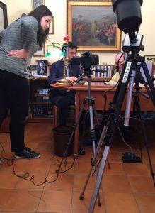 CarloFilippoFollis.name – Il Dott. Luca Ferrini intervista Carlo Filippo Follis, un'immagine del backstage.